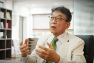 """박병길 목사는 """"탈북민 신학생들이 하나님께서 보내주신 다듬어지지 않고, 깎이지 않은 열쇠(블랭크키)""""라고 """"이들에게 헌신적으로 예수님의 사랑을 보여줄 때, 이 사람들이 변화되고 이들을 통해 북한이 변화될 수 있다""""고 했다. ⓒ김신의 기자"""