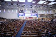 사랑의교회가 과거 예배당 좌석 수의 30% 이내 인원에서 대면예배를 드리던 모습기사 내용과 무관) ©사랑의교회