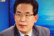 모 방송에서 토론하고 있는 이효상 목사.