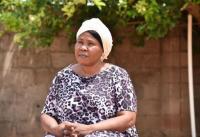 ▲2012년 보코하람의 공격으로 남편을 잃은 나이지리아 기독교인 여성 아미나. 그로부터 5년 후, 그녀를 비롯한 10명의 기독교인 여성들은 보코하람에 납치되어 8개월 동안 인질로 억류돼 있다가 정부군의 도움으로 석방됐다.