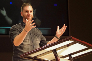 쉐이 프루이트(Shane Pruitt)는 북미선교위원회(North American Mission Board, NAMB)의 차세대 전도 책임자이자 성경교사이며 텍사스 남부침례회에서 사역하고 있다.
