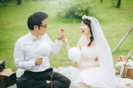 배우 이아린과 그녀의 남편 조윤혁 목사. ⓒ이아린 SNS