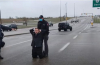 아투르 폴로스키 목사와 다비드 폴로스키 목사가 교회 예배를 드린 이후 체포됐다. ⓒ유튜브 영상 캡쳐