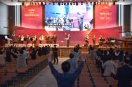 셀 컨퍼런스 참석자들이 기도하고 있다. ©지구촌교회