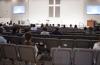 세리토스선교교회가 전면 재개방을 앞두고 새벽예배를 드리고 있다. 아직까지 거리유지를 하고 예배를 드리는 모습이다.
