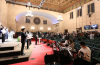 나성순복음교회 예배모습. 성도들 간의 거리간격이 줄어들었다.