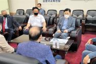 황교안 전 미래통합당(현 국민의힘) 대표가 27일 오후 한교연을 내방했다. ©한교연