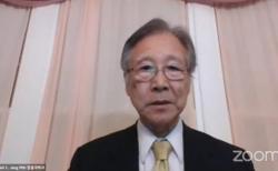 한국교회정론 유튜브는 줌으로 진행된 이날 포럼을 실시간 중계했다. 사진은 장충국 박사가 발제한 모습. ©한국교회정론 유튜브 캡쳐