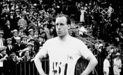 에릭 리들. 1924년 파리올림픽에서 자신의 주종목이 아닌 400m 육상대회에서 금메달을 목에 건 그는 하나님의 임무를 수행하기 위해 중국 선교사로 활동하다 순교했다. ©유튜브 영상 캡처