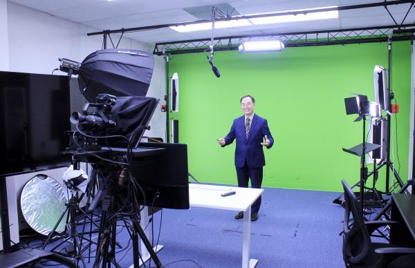 월드미션대학교는 각 과목 교수들이 다양한 온라인 방송을 진행할 수 있는 미디어 공간도 갖췄다.