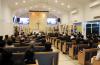 엘에이 한국장의사에서 진행된 故 김경일 목사 천국환송예배에는 남가주 총신 목회자들을 비롯해 지역 교회 목회자들과 성도등 발디딜틈 없이 많은 조문객들이 참석했다.