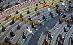 사랑의교회가 과거 예배당 좌석 수의 10% 인원에서 대면예배를 드리던 모습. ©사랑의교회