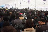 제자교회 주차장 천막예배당에서 임시공동의회가 진행되고 있다.