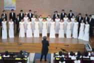 지난 1월 26일 뉴욕 효신장로교회에서 공연중인 총신콰이어.