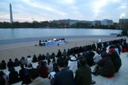 워싱턴지역한인교회협의회 주최 부활절 새벽 연합예배가 4월 20일 워싱턴 DC 소재 토마스 제퍼슨 기념관에서 열렸다.