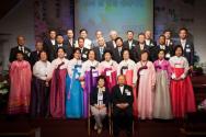 새소망교회가 4월 20일 안수집사, 권사 임직 및 취임예배를 드렸다.