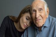 ▲영화 '언브로큰' 주인공의 실제 모델 루이스 잠페리니(오른쪽)와 감독 안젤리나 졸리(왼쪽). ⓒ페이스북
