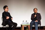 김상철 감독(오른쪽)이 다큐멘터리 영화 <순교>에 대해 설명하고 있다. 왼쪽은 이날 시사회 진행을 맡은 조현기 프로그래머. ⓒ김진영 기자
